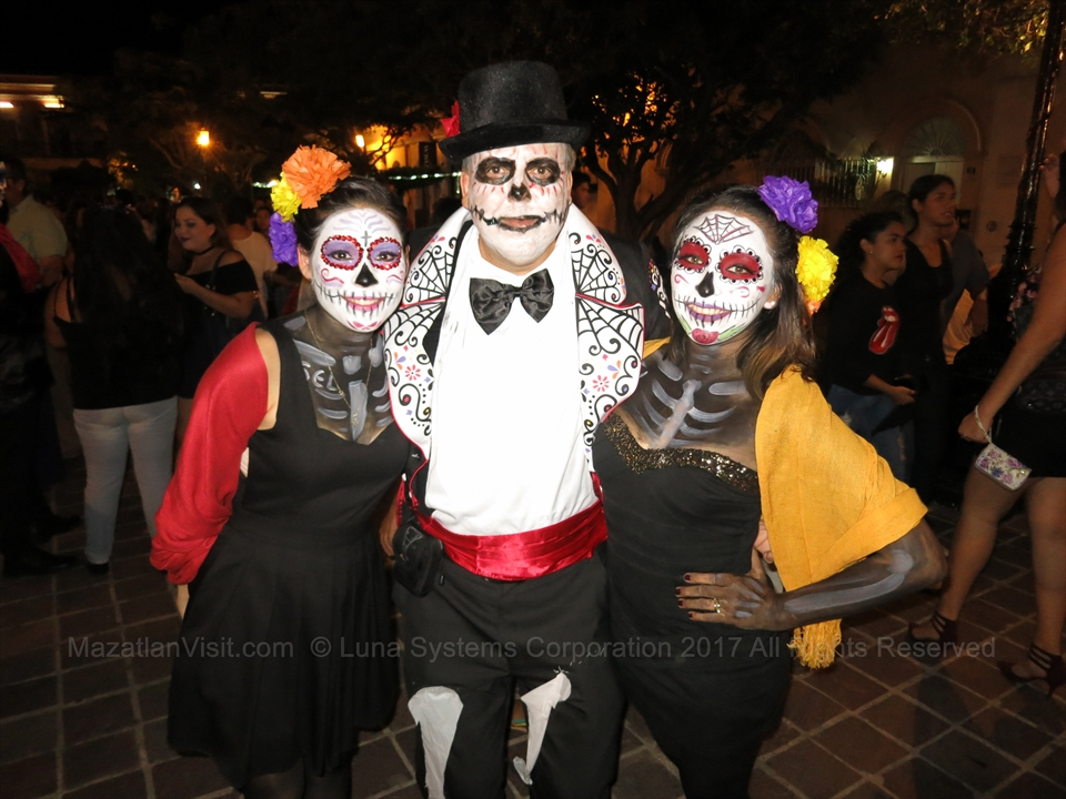Day of the Dead parade in Mazatlán